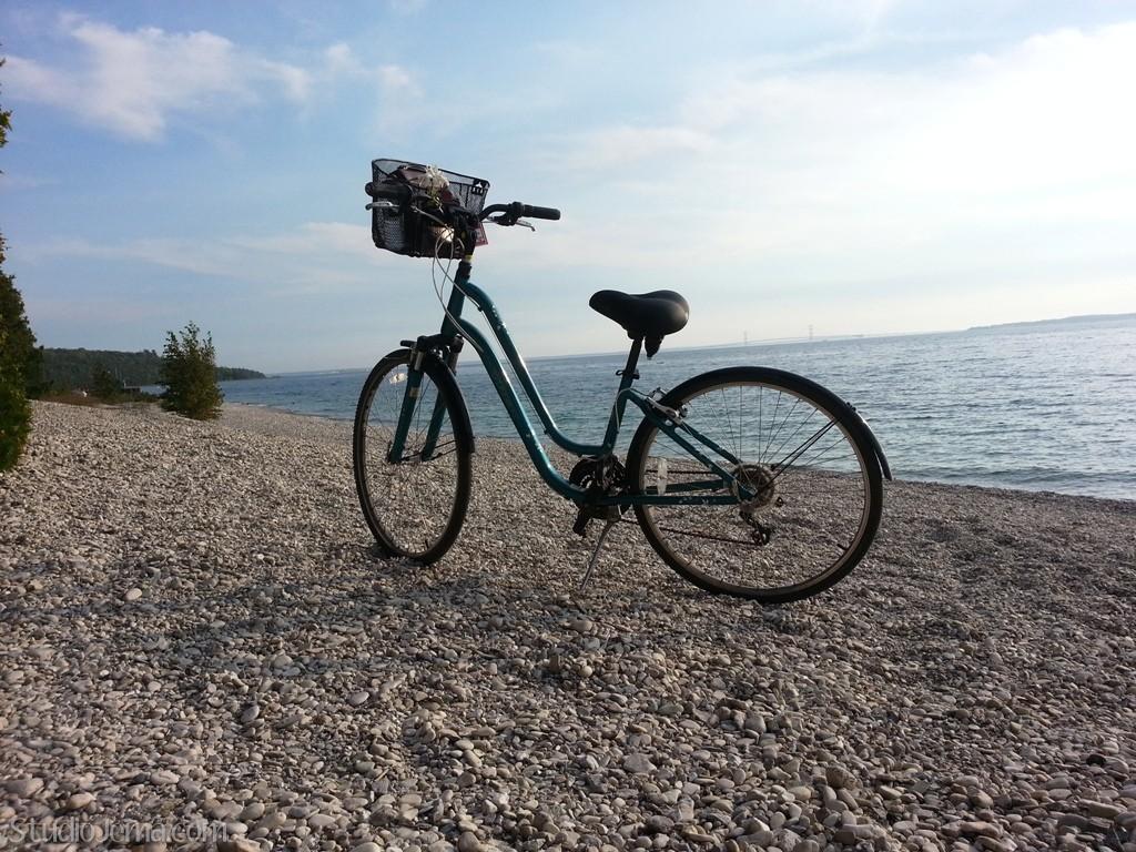 Pick Up a Bike at Mackinac Bike Barn - Mackinac Island ... |Mackinac Island Bicycle Cafe